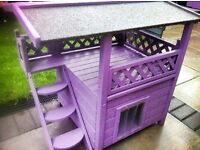 give your cats protection outdoors somewhere safe and warm to sleep, cosy outdoor waterproof kennel