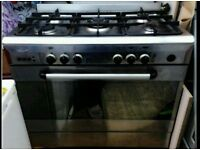 Baumatic gas cooker and oven/grill