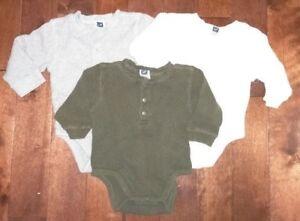 Set of 3 EUC Baby GAP 100% Cotton Waffle Onesies 6-12M