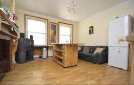 One bedroom penthouse flat, seconds away from Picadilly circus!