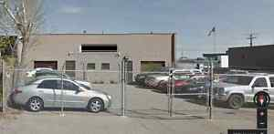 2 COMMERCIAL WAREHOUSE BAYS WITH YARD...GREENVIEW
