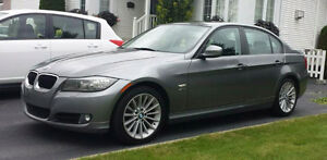BMW 328i xdrive 2011 Cuir,Berline