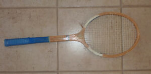 6 vintage tennis racquets ($ 5 each or all for $ 20) Kitchener / Waterloo Kitchener Area image 4
