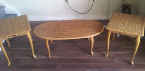 Coffee table with matching end tables - SMOKE FREE home
