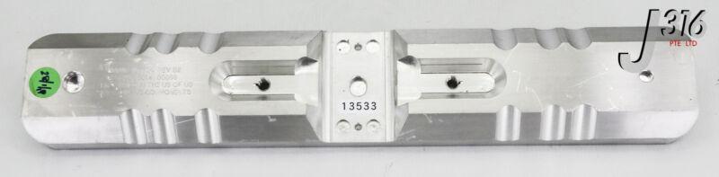 13533 Applied Materials 300mm Spd Slit Valve Door Clamp 0041-07784