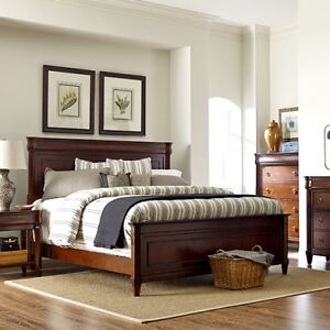 Queen Size Bed with Pillow Top matress Set $400.00