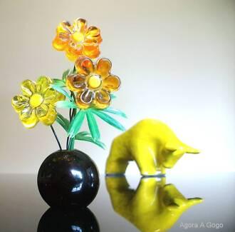 Vintage 60s Retro LUCITE Mod Flower Power ORNAMENT SUNCATCHER