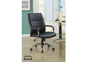 NEW ★OFFICE CHAIR ★ BLACK LEATHERETTE ★ Can Deliver Kitchener / Waterloo Kitchener Area image 1