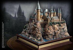 Harry Potter Hogwarts Castle and Golden Egg