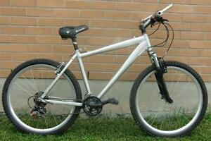 """Mountain Bike for Sale 15-spd 17""""Frm 26X195"""" TIRE S"""