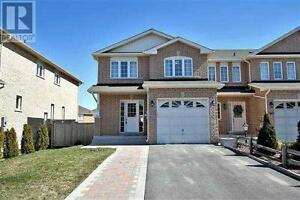 367 Rannie Rd Newmarket Ontario Excellent property!