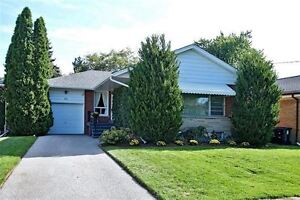 Royal York Gardens Home With 4 Bedrooms, A Must See!