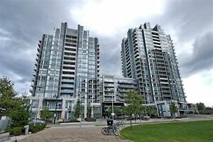 Gorgeous 2 Bed/2 Bath Corner Unit @Harrison Garden Blvd $518,000
