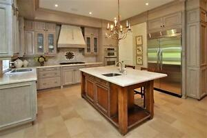 SPECTACULAR ROSEDALE Executive Rental 6 Bed, 7 BATH, indoor pool