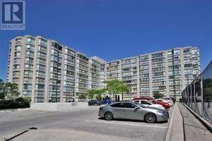 Rarely1 Beds, 2 Baths, 309 MAJOR MACKENZIE DR E, Richmond Hill