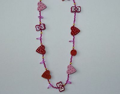 Sommer Kette für Mädchen pinkfarbene Perlen mit Herzen und Schleifen rot rosa ()