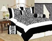 Queen Bed in A Bag Black and White