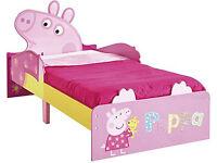 BRAND NEW PEPPA PIG JUNIOR BED
