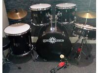 Gear 4 Music 5pc drum kit. Excellent Condition.