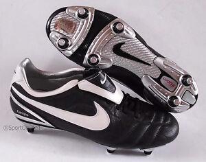 NEU Nike Air Legend II SG Größe 40 Stollen Profi Fußballschuhe 317043-011