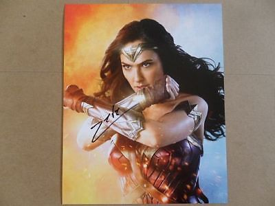 Gal Gadot Signed Autographed Photo Themyscira  - $9.00