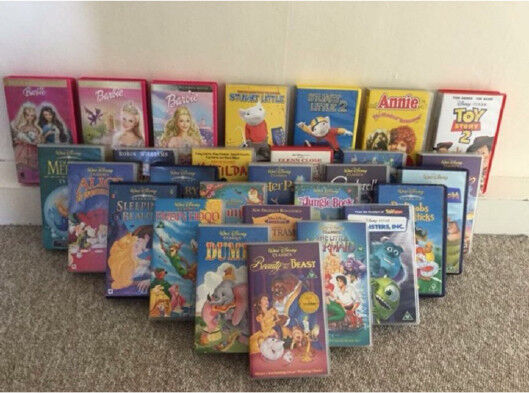 """Disney VHS tapes!!!! With VHS player!!! Inc. """"Beauty and the beast """""""