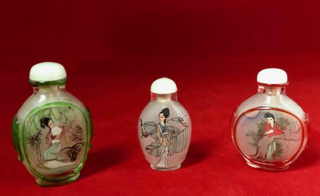 Vintage Reverse Painted Glass Snuff Bottle Lot