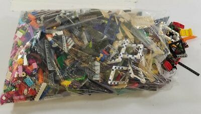 9Lbs of Assorted LEGO & Other Building Bricks & Pieces – LOT