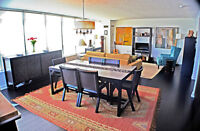 Large 3 Bedrm + 2 Br Condo With Southern Park, Lake & City View