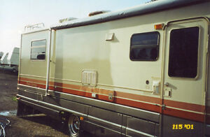 MOBILE RV and Boat Detailing.. ** Oxidation** Cut Polish