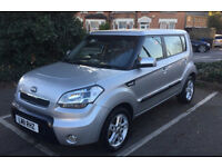 Kia Soul automatic 1.6 low mileage 2011 very nice