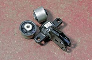 Front Differential Bushings 2005 Jeep Grand Cherokee Limited