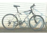 Trek 4300 hybrid aluminium frame bike