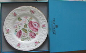 """""""MOTHER"""" Bone China Collectors Plate in  Original gift Box"""