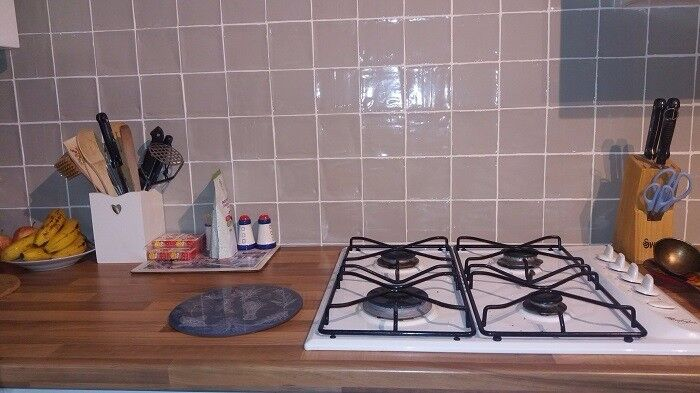 Modern grey wall Tiles for sale - kitchen or bath - 3.5m2