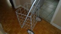 Chariot pour épicerieo ou magasinage \ Rolling Cart
