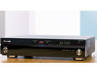Pioneer BDP-LX70A Home Cinema Blu-Ray Video Player, THX, mint condition.