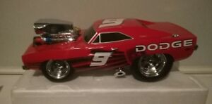 Muscle machine Dodge charger 1969 no9 casey kayne 1/18