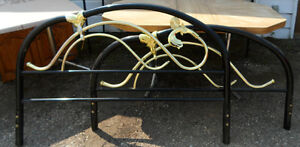 queen    metal tubular headboard & footboad  brass & black Edmonton Edmonton Area image 1
