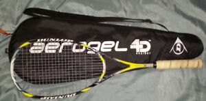 Squash Racket - Dunlop Aerogel 4D Ultimate with Case