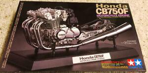 Tamiya 1/6 Honda CB750F Engine
