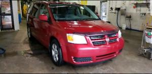 Dodge caravan 2009 $1750