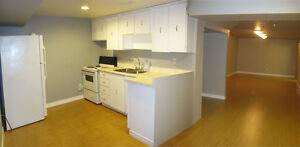 $950 / 1 Bedroom + Den Basement Apt. Pickering (Whites/Bayly)