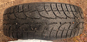 225/65R/16 Hankook Winter Tires