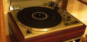 TURNTABLES + THOUSANDS OF RECORDS $1 each 7 for $5 10-3pm Windsor Region Ontario image 1