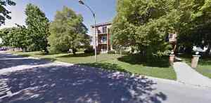 1 bed.appliances inc.for rent leamington call 519-816-3095