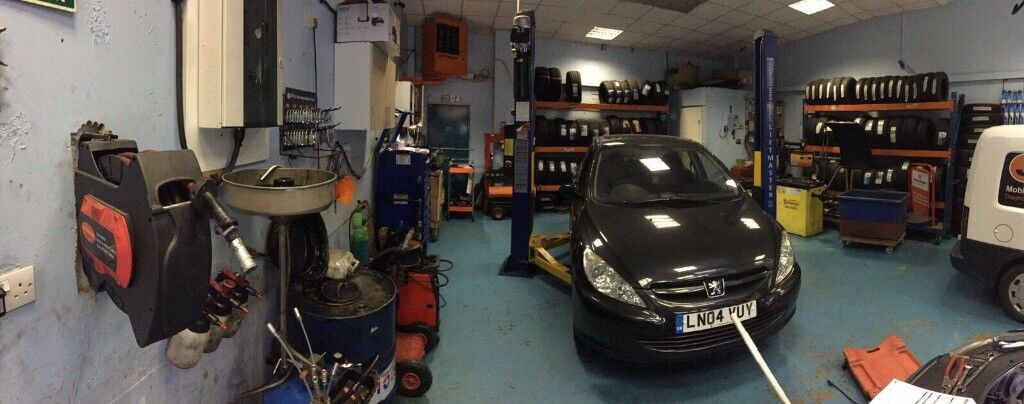 Busy workshop for sale £ 55000 including tools.