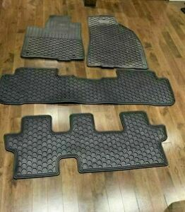 Tapis Hiver Toyota Highlander 2012 @2019 rubber comme neufs