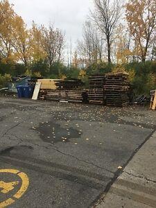 Palette de bois a donner West Island Greater Montréal image 2