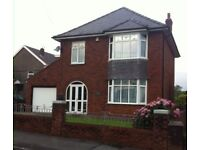 LARGE DETACHED 3 BEDROOM HOUSE WITH DRIVEWAY AND GARAGE